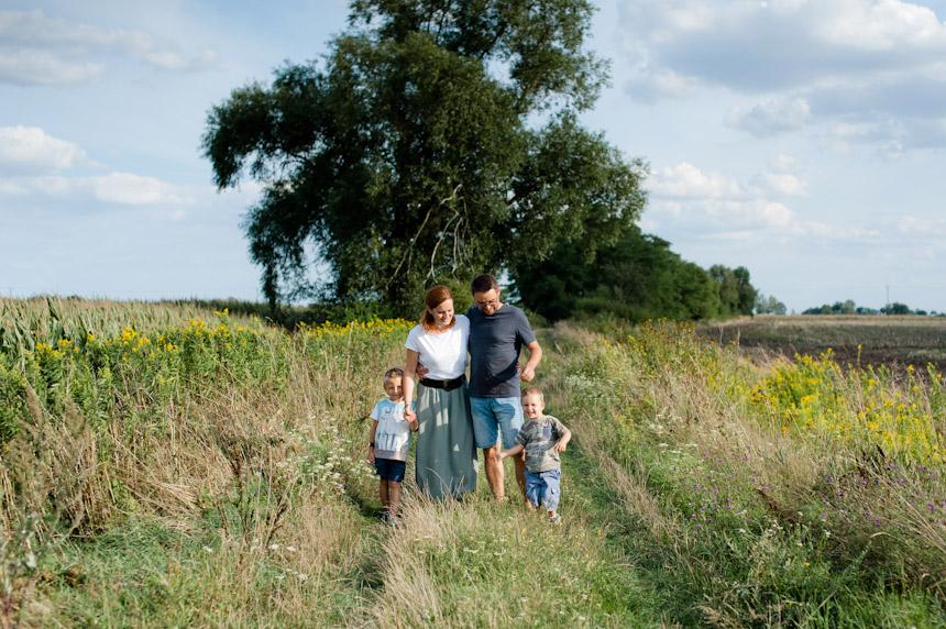 Fotografia rodzinna | SPONTANICZNA SESJA W PLENERZE